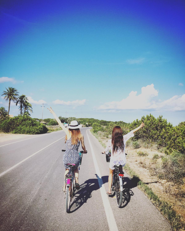 友達とサイクリング