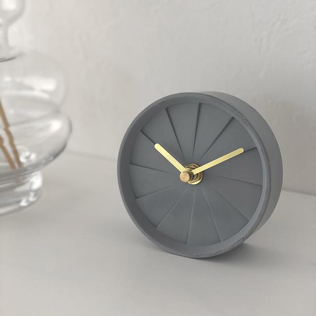 時計をゆっくり
